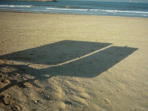 2006_trouville_ombres_portes_panneaux_su